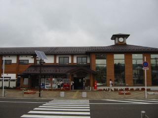 由利高原鉄道の終点・矢島駅を臨む