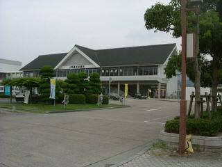 赤穂浪士の播州赤穂駅前