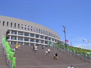 福岡ヤフードーム。ホークスタウンも行ってきました