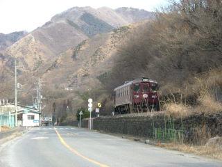 わたらせ渓谷鉄道間藤駅付近で撮影