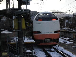 JRの車両でもJR日光駅ではなく東武日光駅から出発